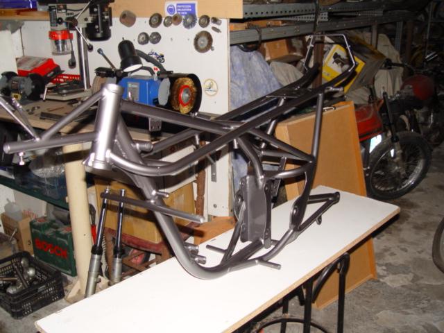 Réplica Derbi 250 GP Bicilindrica Nieto-Grau E9eoub