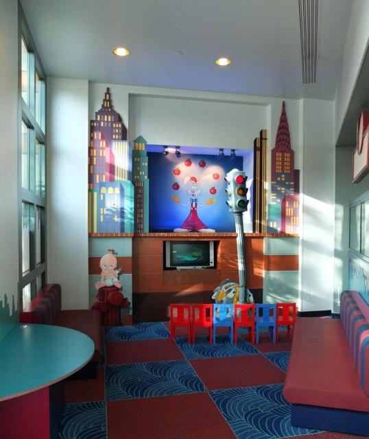 Disney's Hotel New York Fz2omw