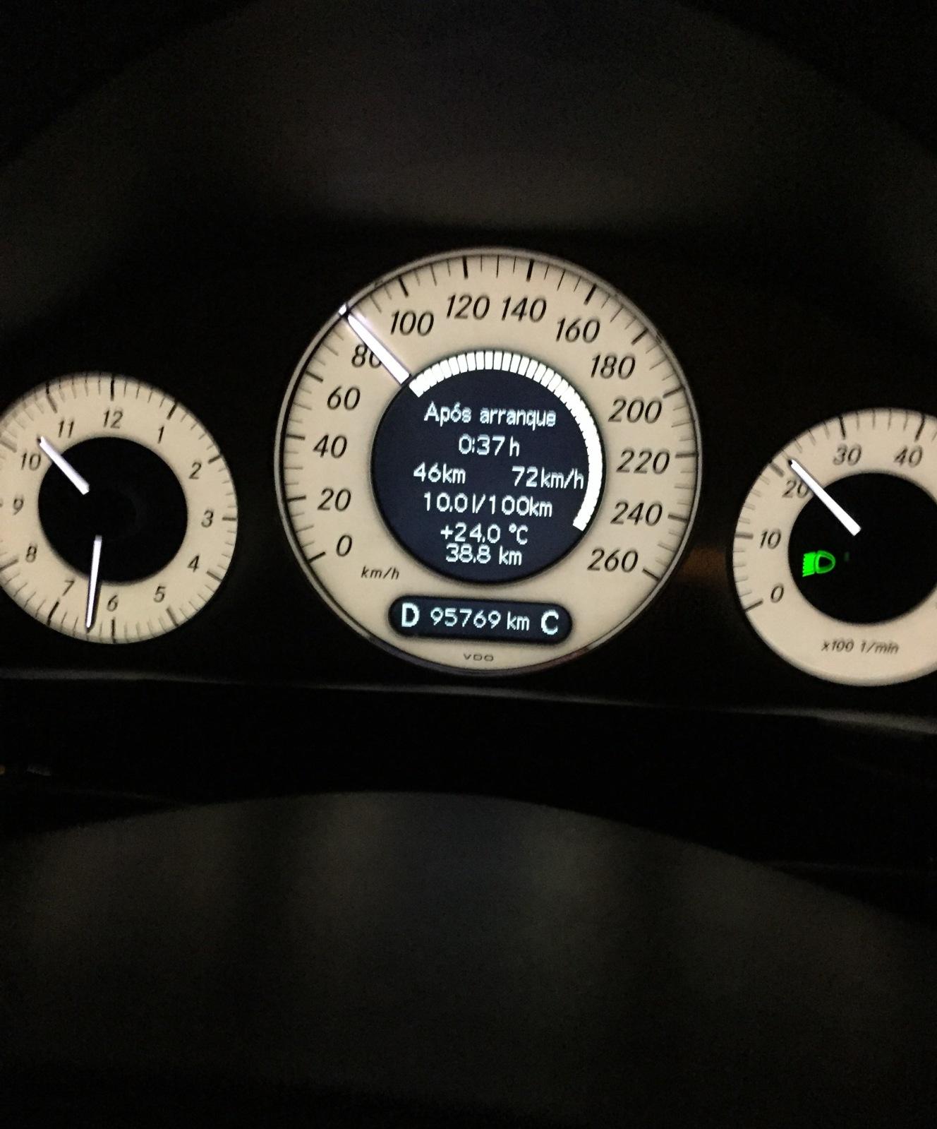 W211 EB4 E500 2009 - R$ 105.000,00 I3xymt