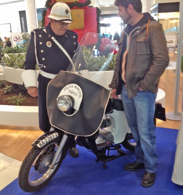 "Bultaco Senior ""Policía Municipal"" Mujwuw"