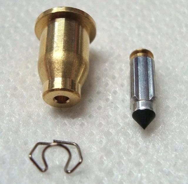Factor - Tutorial - Como resolver o vazamento de combustível pelo respiro do carburador na YBR 125 Factor N7010p
