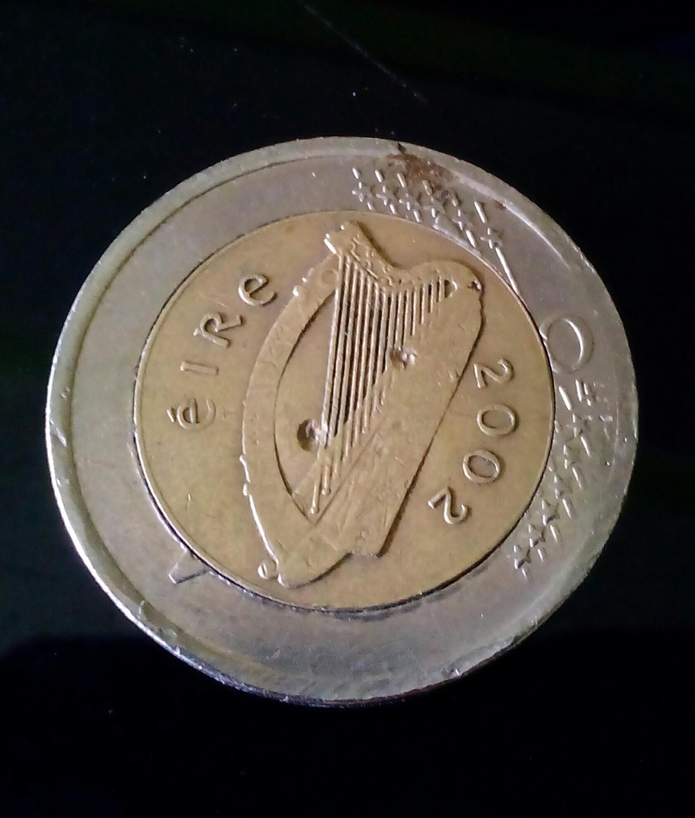 Moneda de 2 euros Irlanda con defectos Nlzzus