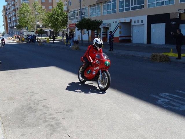 Réplica Derbi 250 GP Bicilindrica Nieto-Grau - Página 3 Ri6yoh