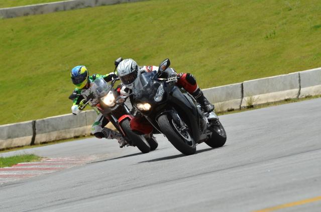 Opinião de um motovlogger sobre a CB 500X Wgtbo