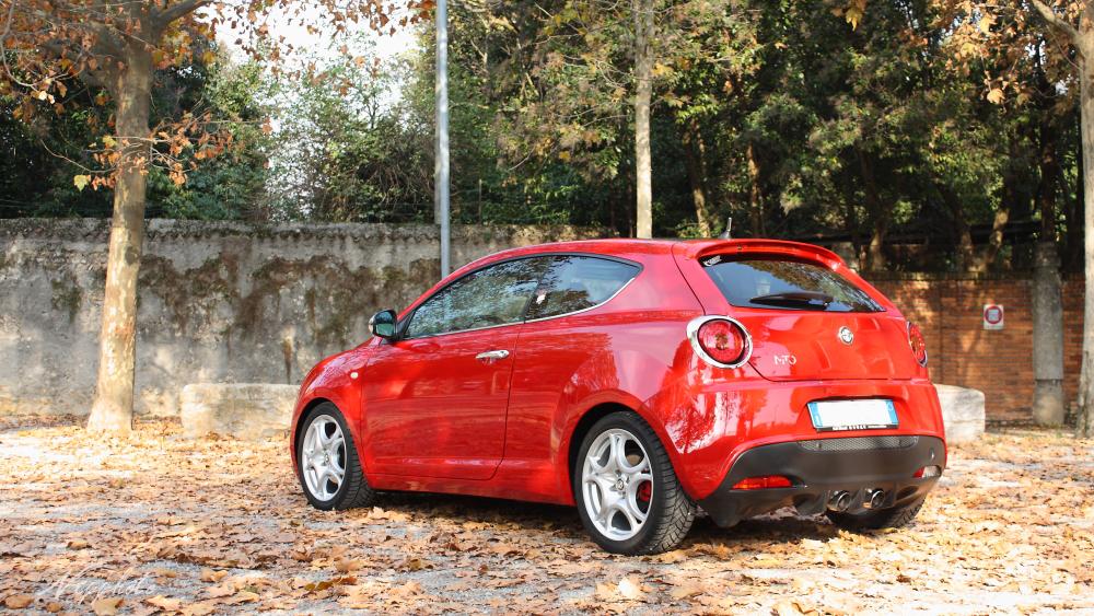 Alfa Romeo MiTo 1z4zriu