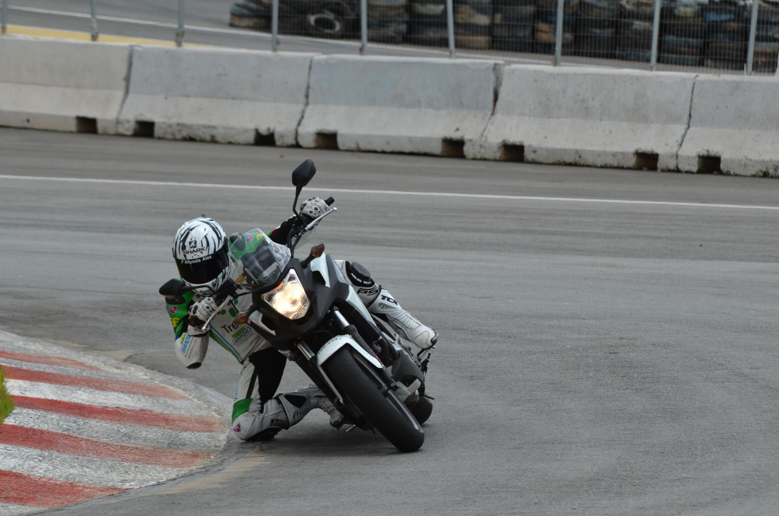 Opinião de um motovlogger sobre a CB 500X 205beyv