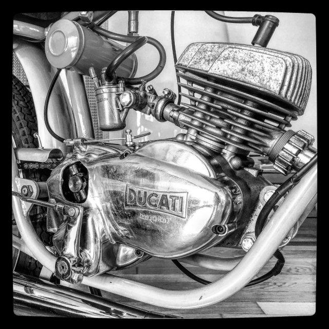 Ducati 50 cc con 6 velocidades 20fozn9
