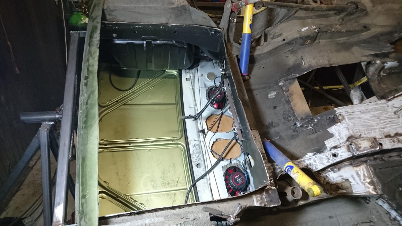 LuniLAB: Lada 1200L -89 - Sivu 2 21epwlg