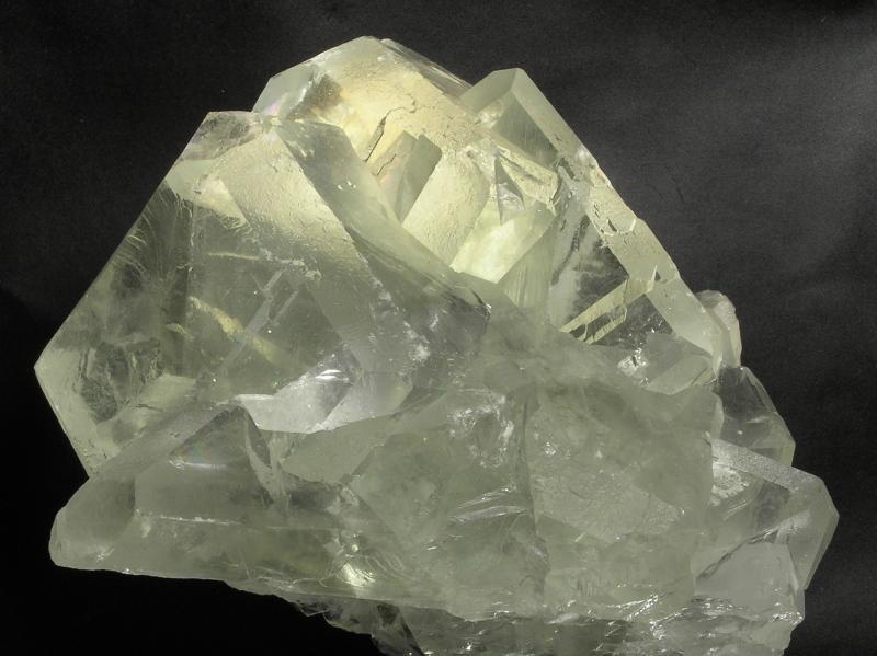 El color de les fluorites 2cxyog5