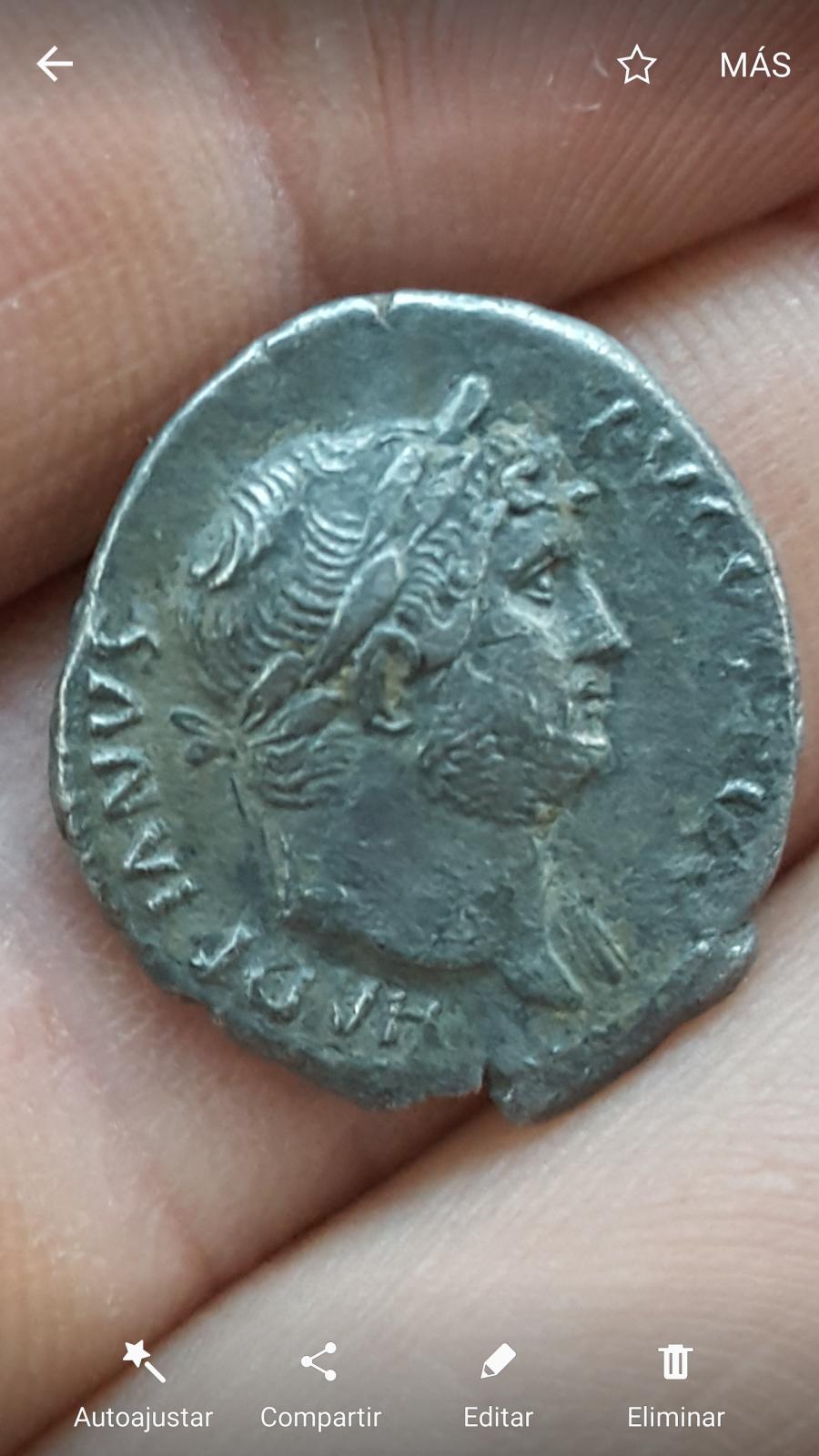 Denario Adriano. COS III. Creciente con estrellas. Ceca Roma. 2guh2xh
