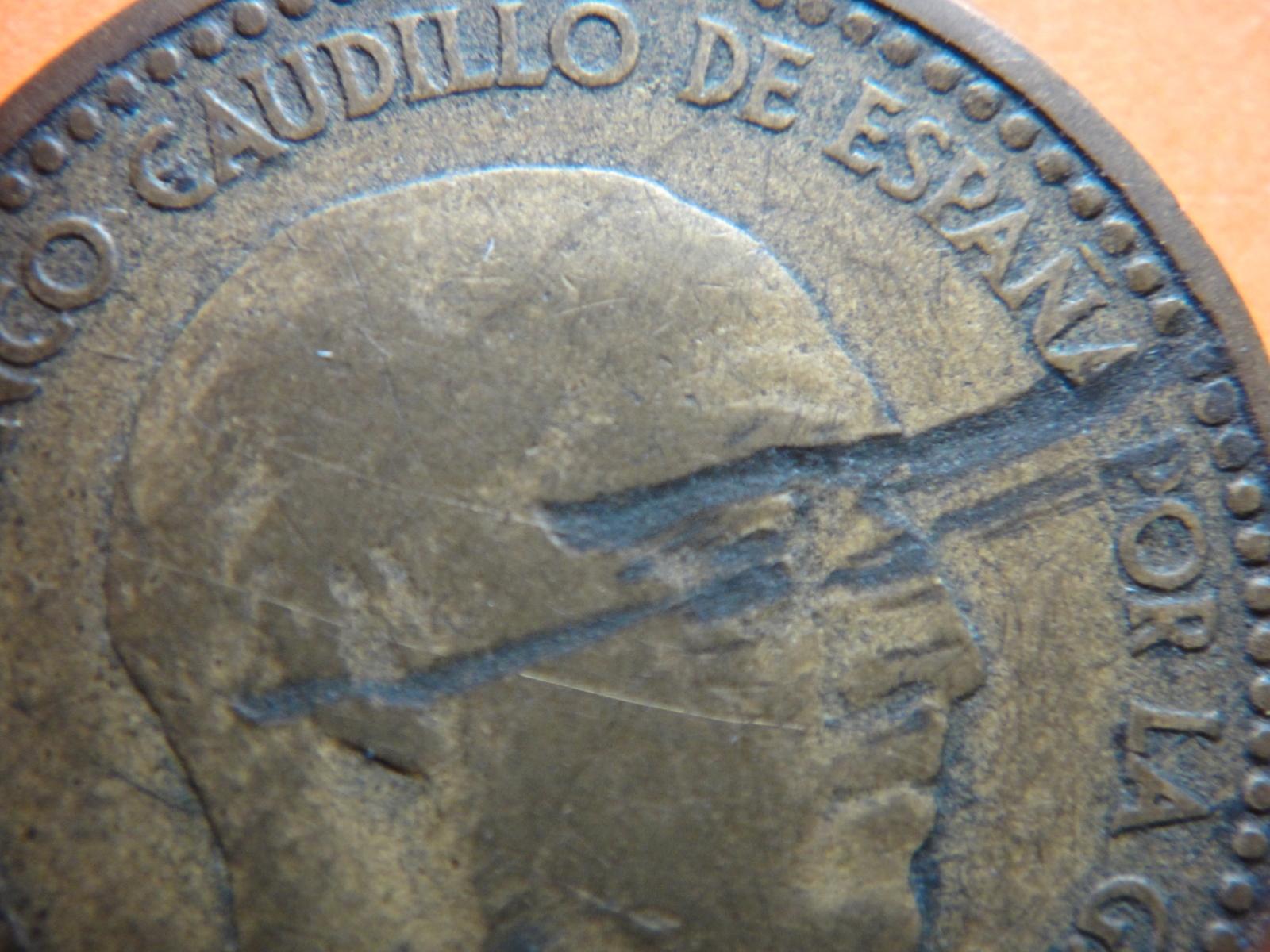 Opinión moneda 1 peseta Franco 1947 2hq9v9j