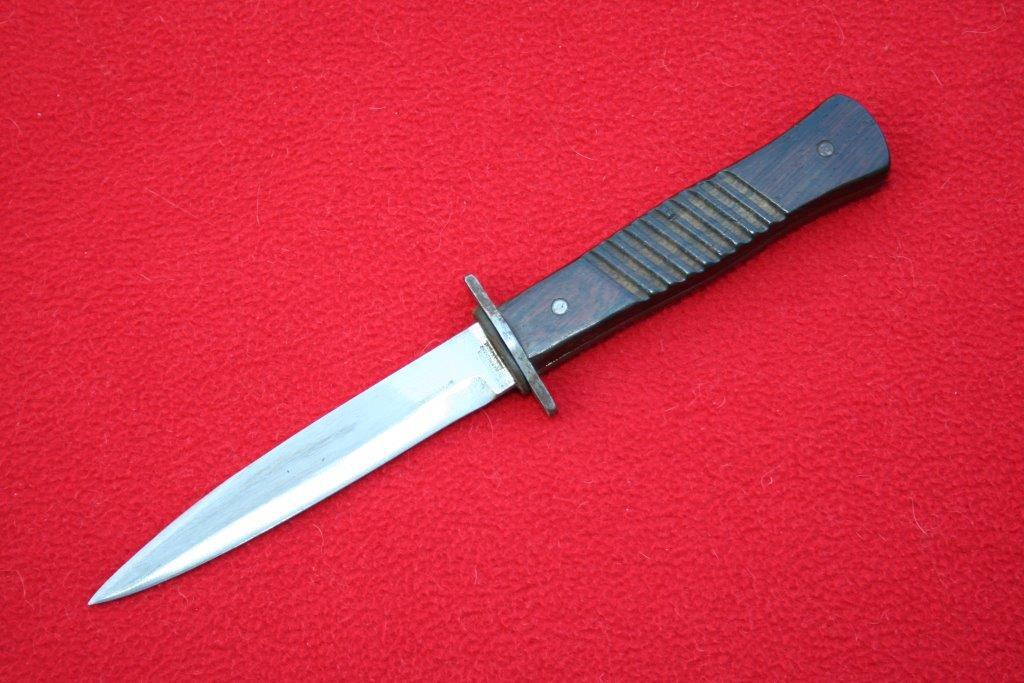 collection de lames de fabnatcyr (dague poignard couteau) - Page 4 2i8c5g0