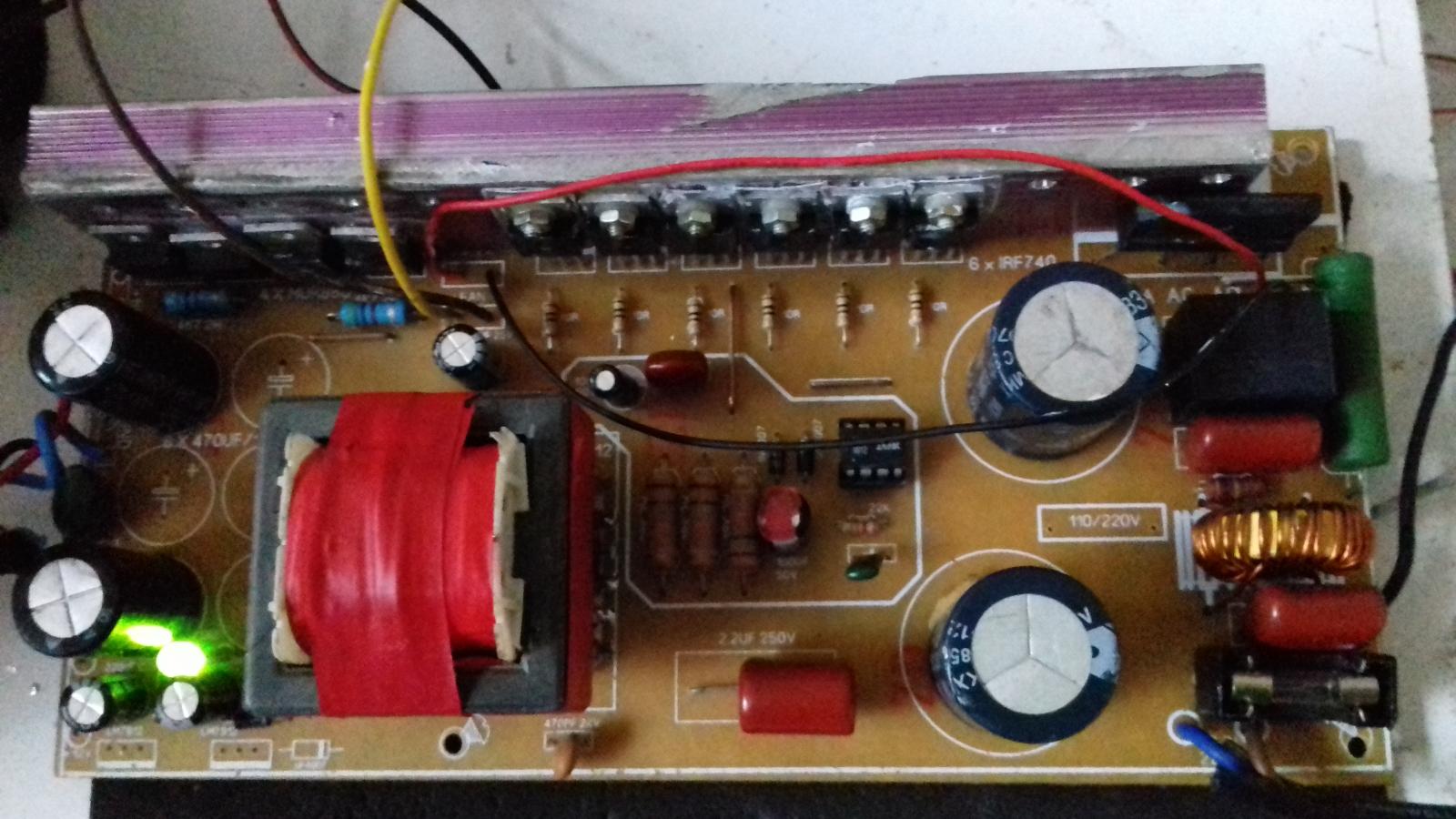 FONTE FUNCIONANDO 110 OU 220V COM 2 MODELOS IR2151 2153 2iw3uis