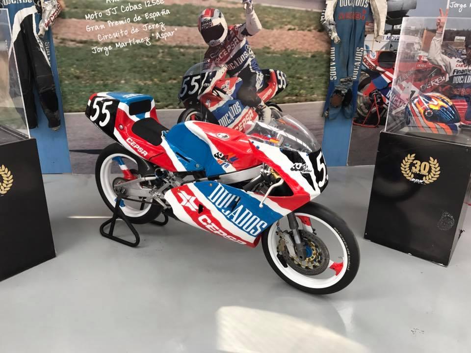 JJ Cobas Moto Hernan 2rfevbd