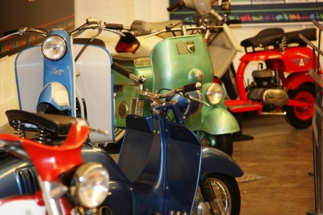 Un Siglo de Scooters: Museo Moto Barcelona 2uyfz3d