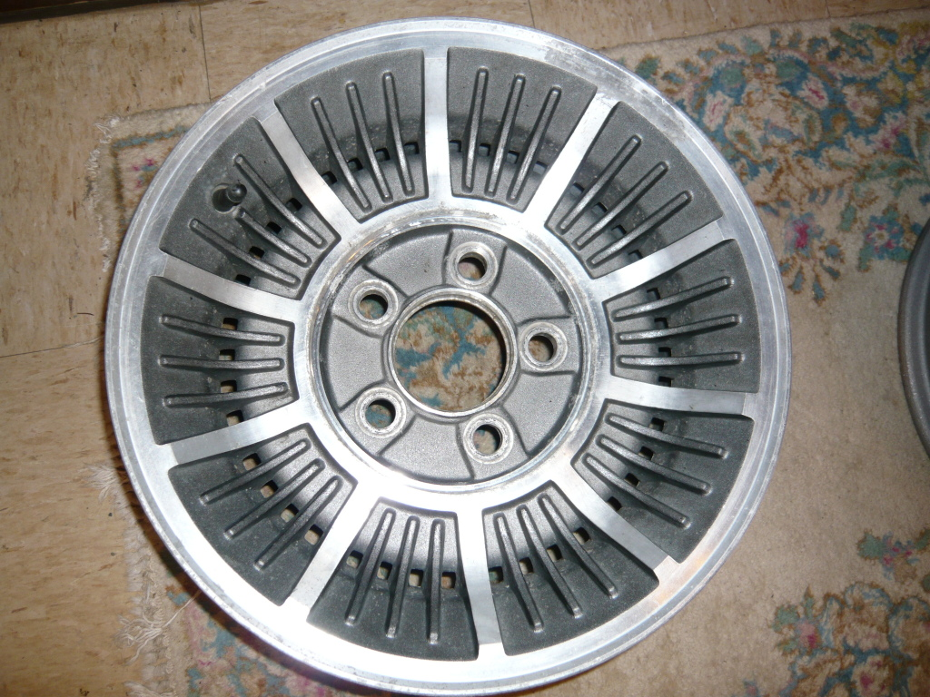 Buick turbine wheels 2vali03