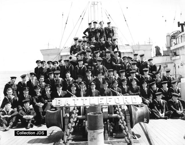 Corvette HMCS Battleford 2ytqpe8