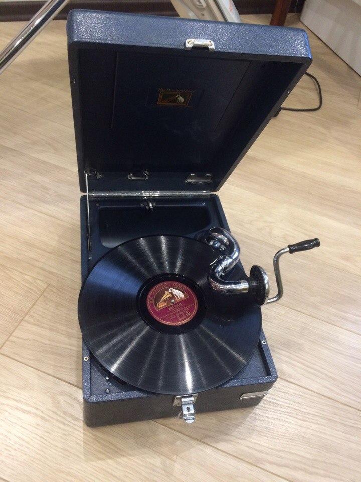 патефон - Продам Патефон His Master's Voice model 102 Англия 344w16p