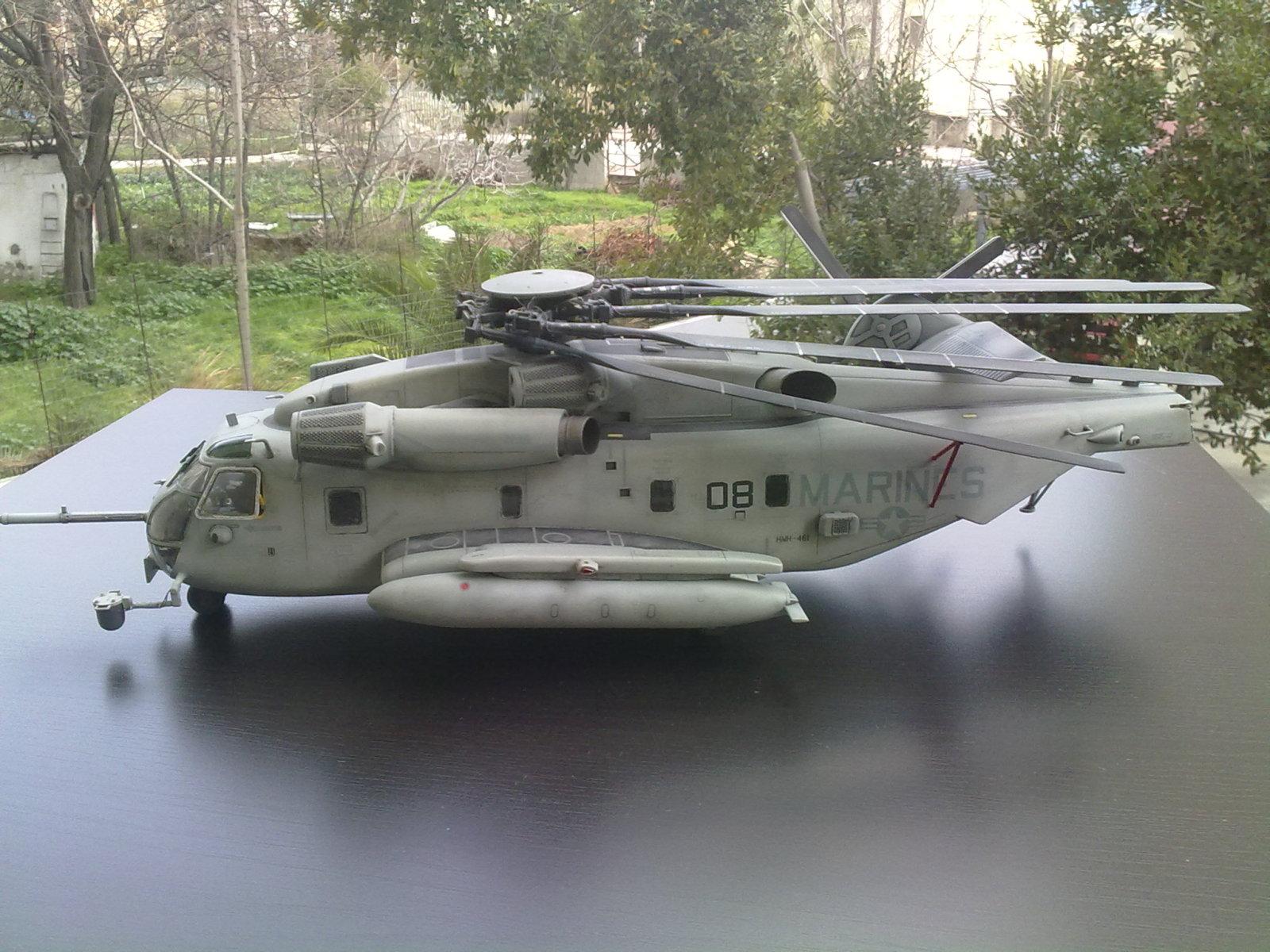 CH-53 Super Stallion  Academy 1/48 Au81tz