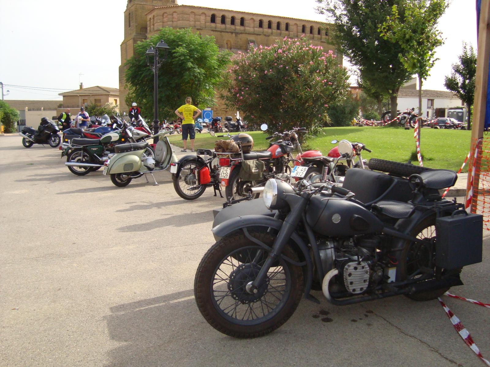 XI concentracion de motos antiguas en Alberuela de tubo (Huesca) Bfjjtw