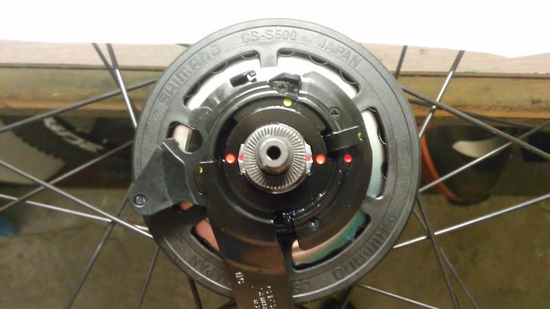 Montaje de un cambio integrado Shimano Alfine 11v. Op0hok