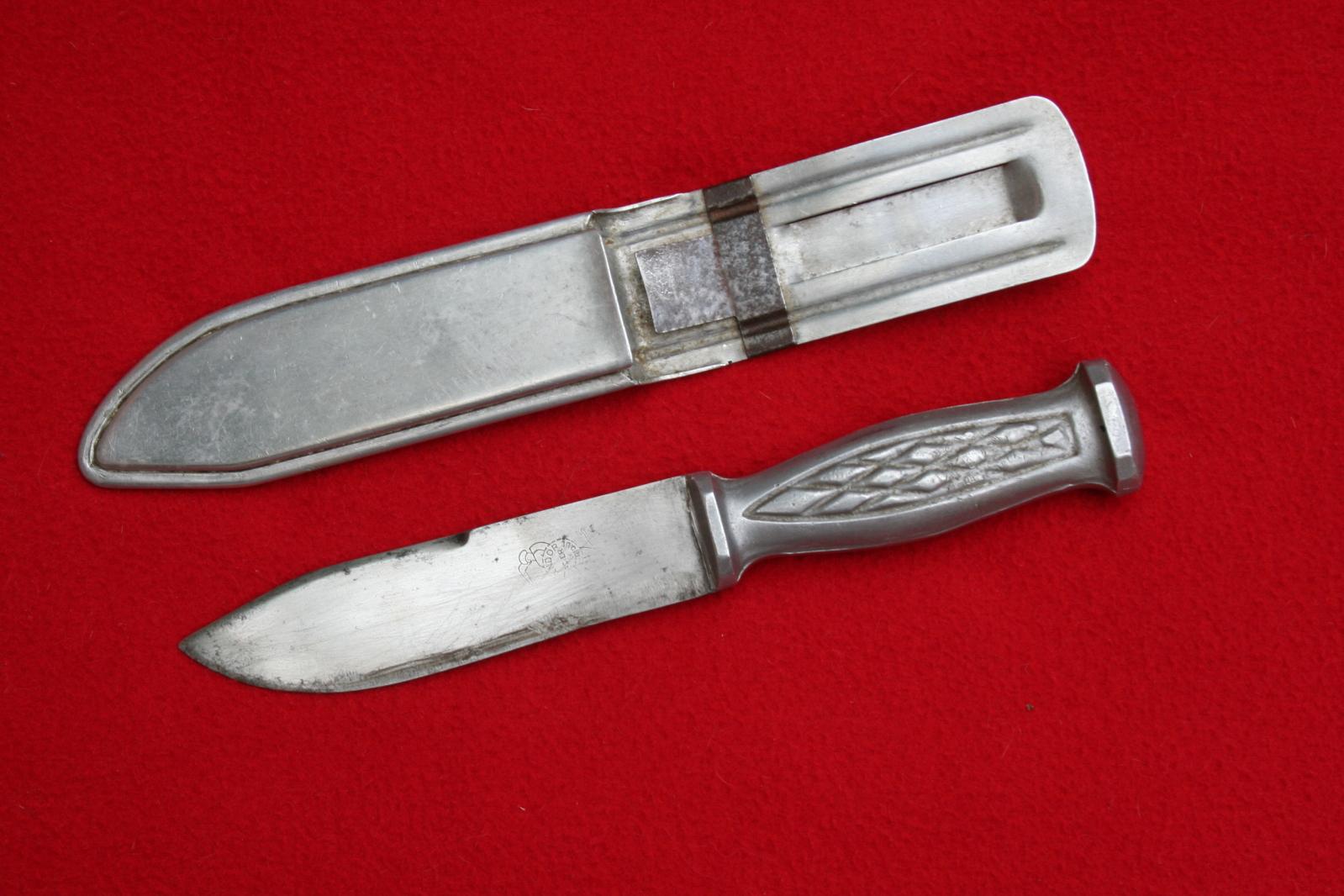 collection de lames de fabnatcyr (dague poignard couteau) - Page 5 Smrl2p