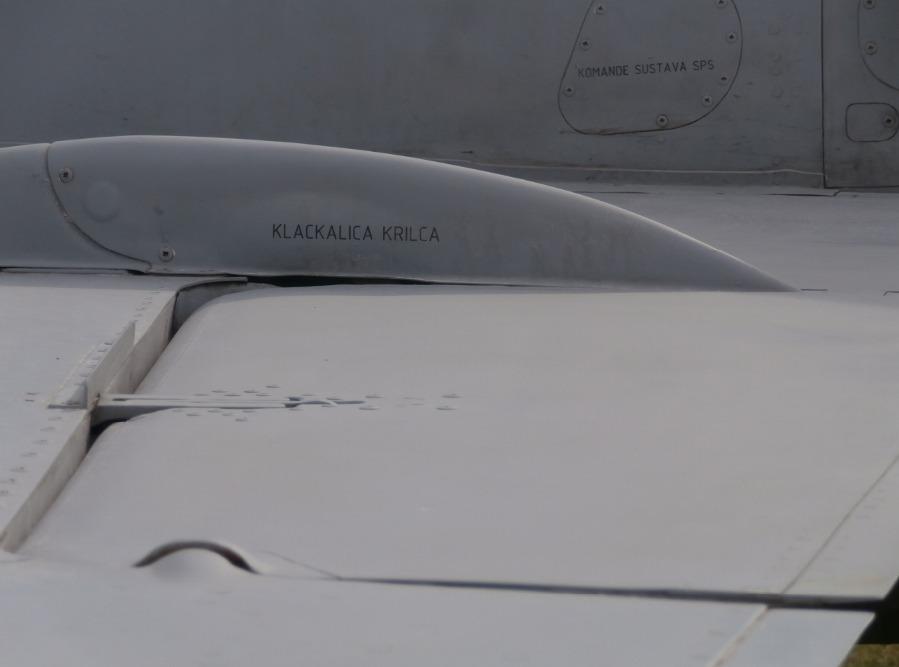 Kako u stvarnosti izgledaju avioni - Page 3 V7sft4