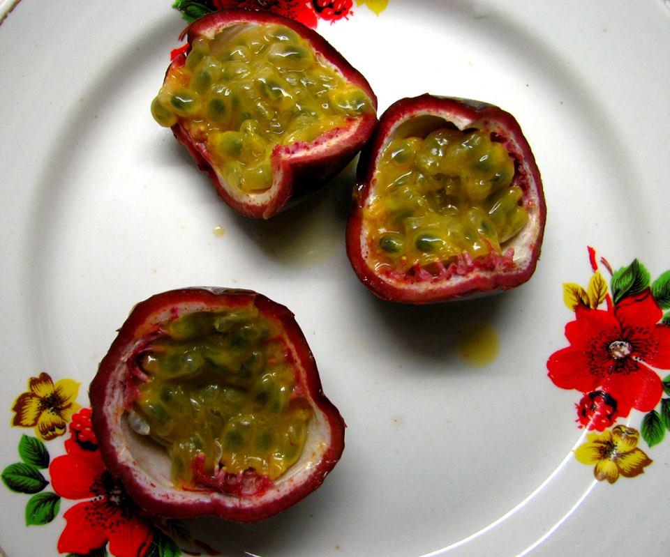 Granadill ehk Passion fruit. Zu14x3