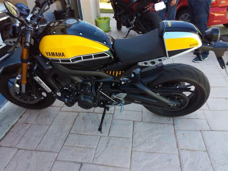 Photos de toutes les Yamaha XSR 900 du forum ! :) 28ji350