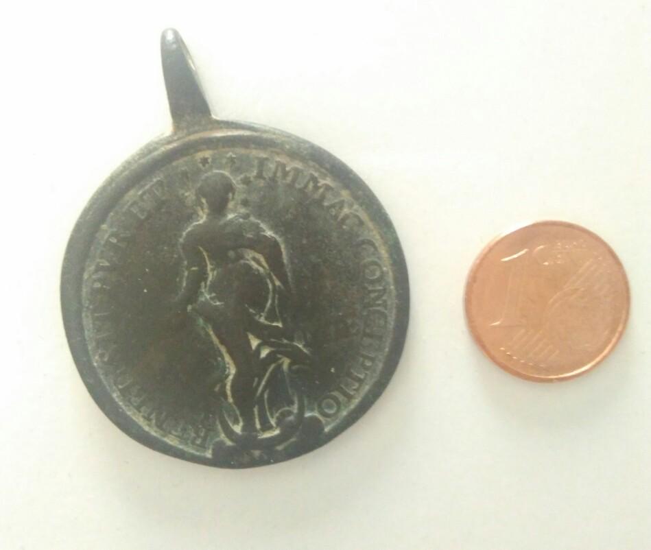 medalla San antonio 2aafzm1