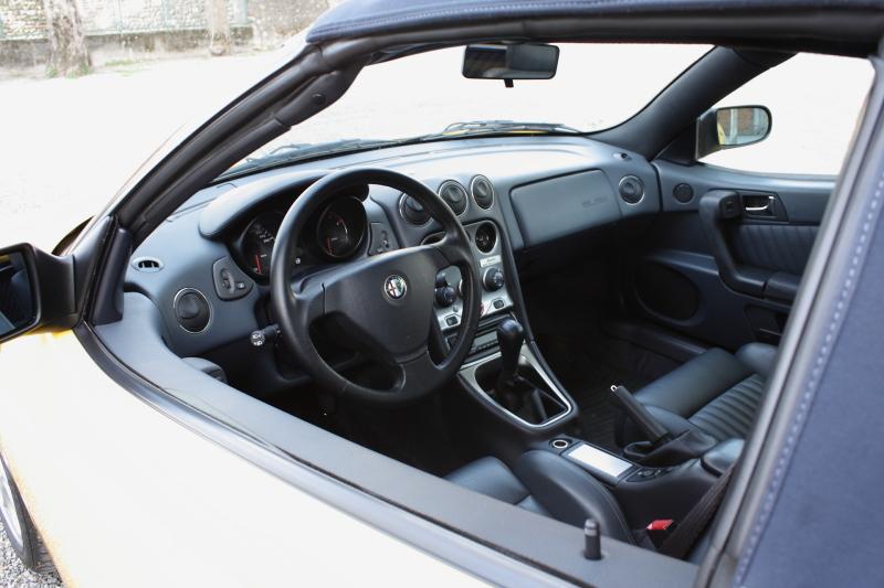 Alfa Romeo Spider 2da0zt4