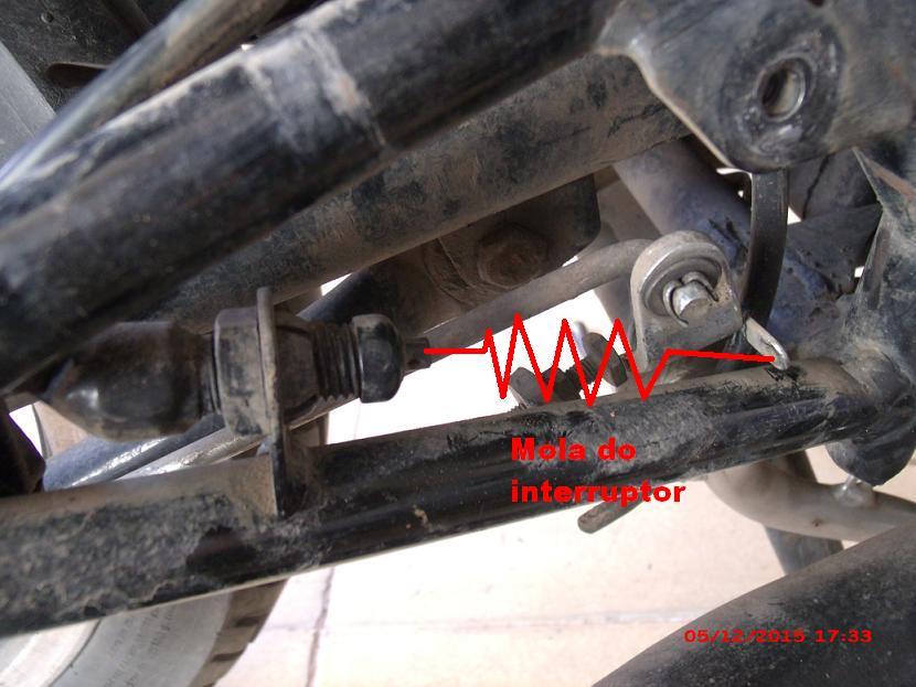 Parte elétrica: Interruptor de luz freio traseiro Yes 125 2dbklcg