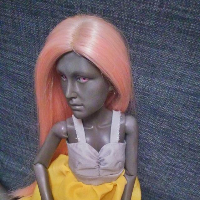 Urraca et le Petit Fantôme [mirodoll Flora, luts pudding]  2djkgz