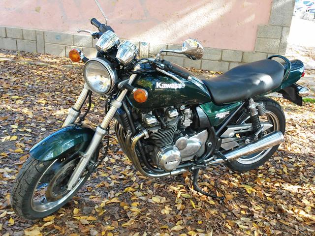 Honda CB750 o Kawa Zephyr 750 ¿Qué opinas?  2ly3lu1