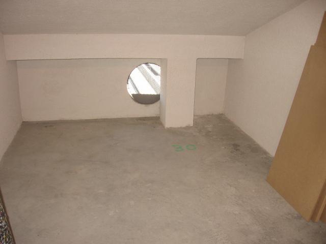 Material aislante para pared medianera. 2po42o3