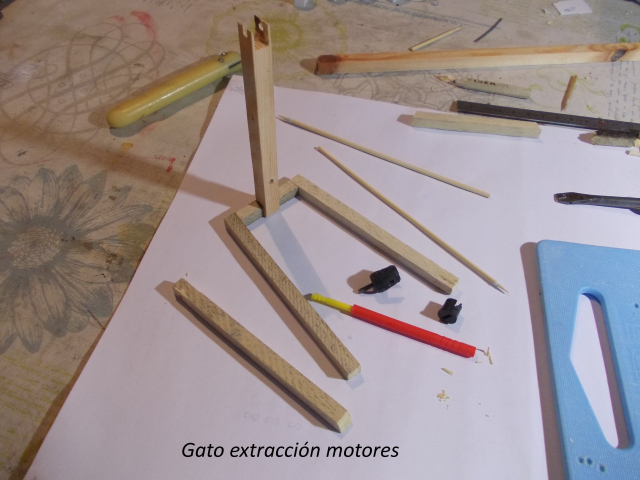 Diorama: garaje-taller crawler escala 1/10 2qu4xo6