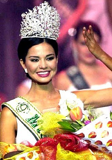 *****MISS EARTH IN HISTORY***** 2urnj2w