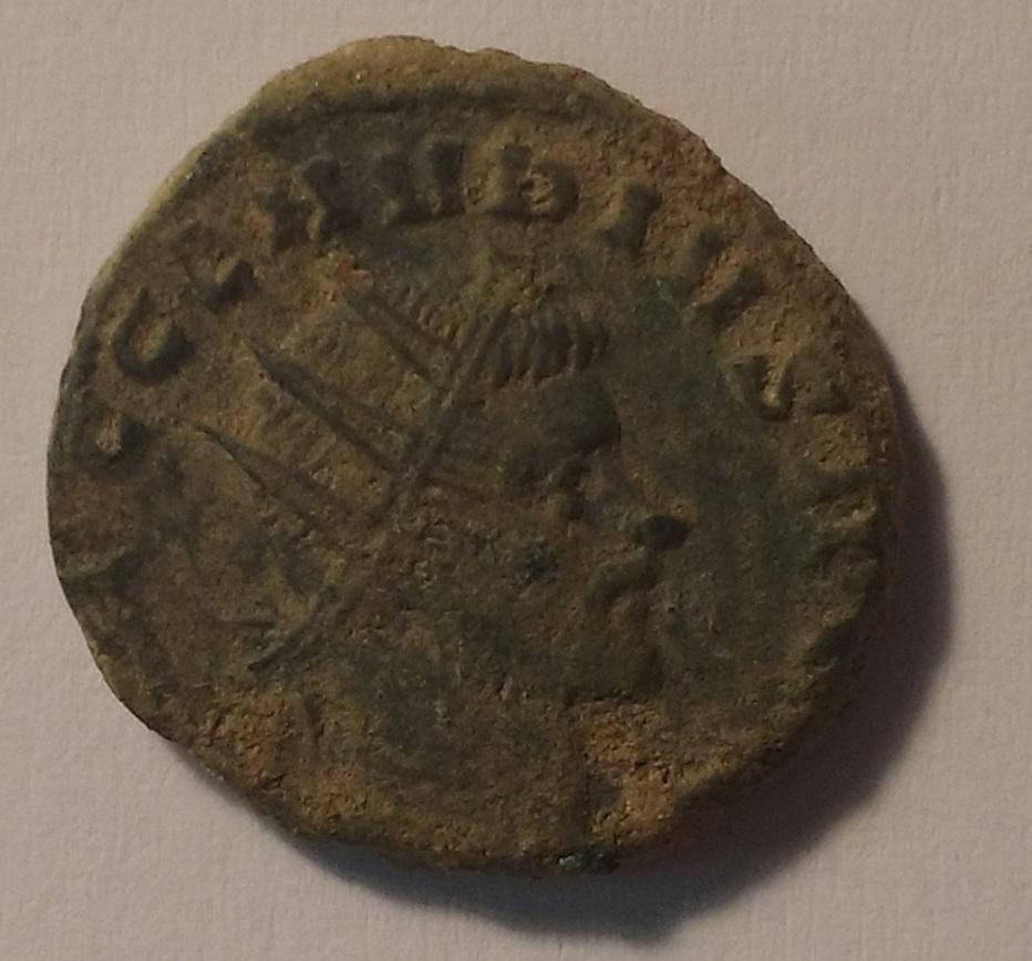 Limpiar/medio restaurar monedas posiblemente romanas 2w1tczk