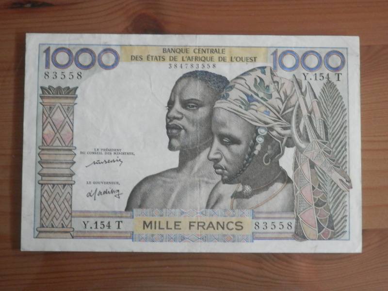 1000 Francos, Togo, 1977 33asc36