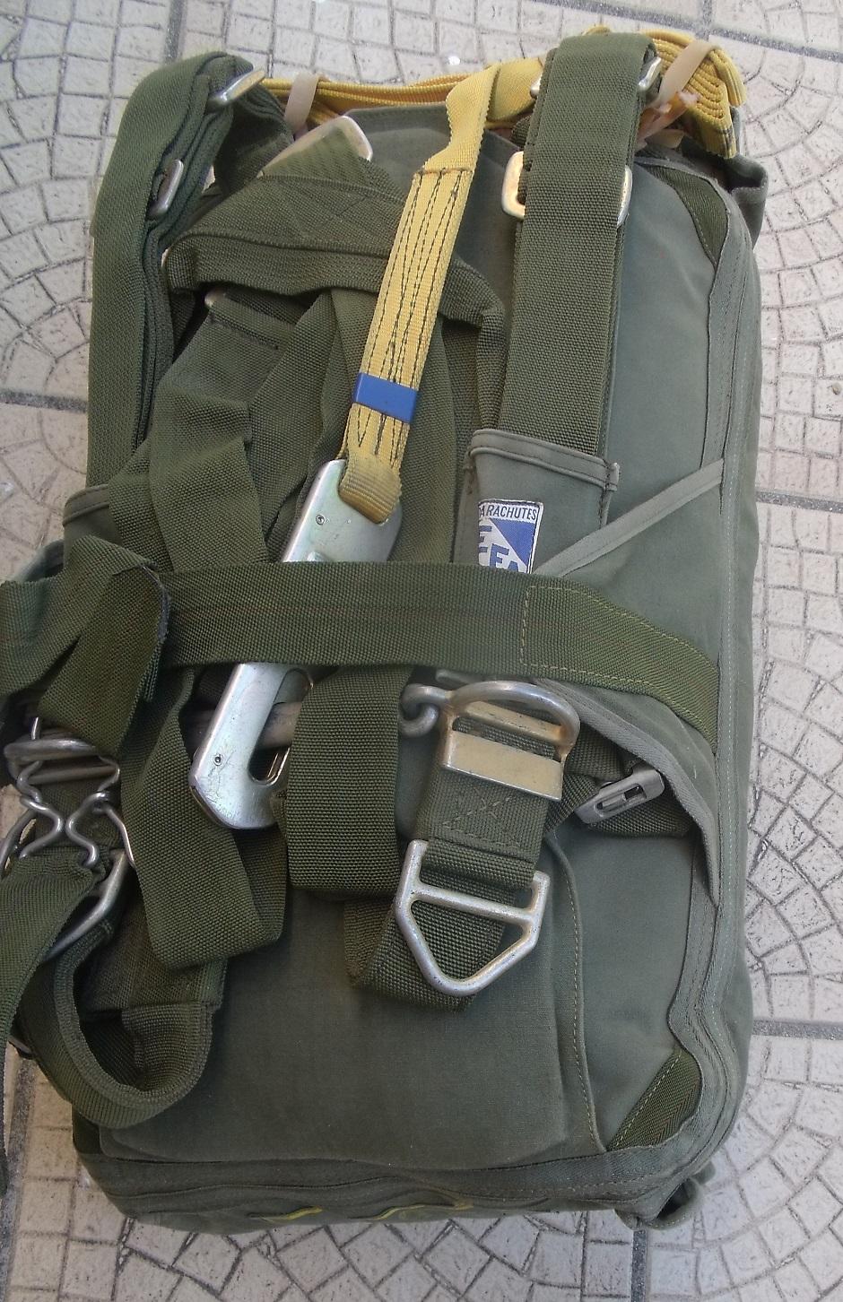 Les parachutes dans l'armée Française depuis 1945 - Orienté Armée de Terre 33avxw2