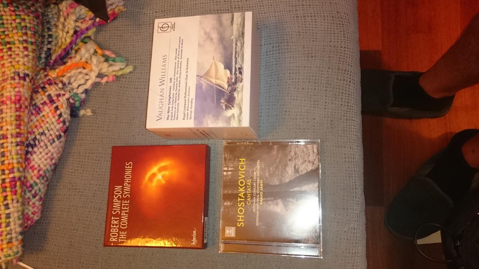 Una especie en extinción: Tiendas de CDs - Página 4 Adn9md