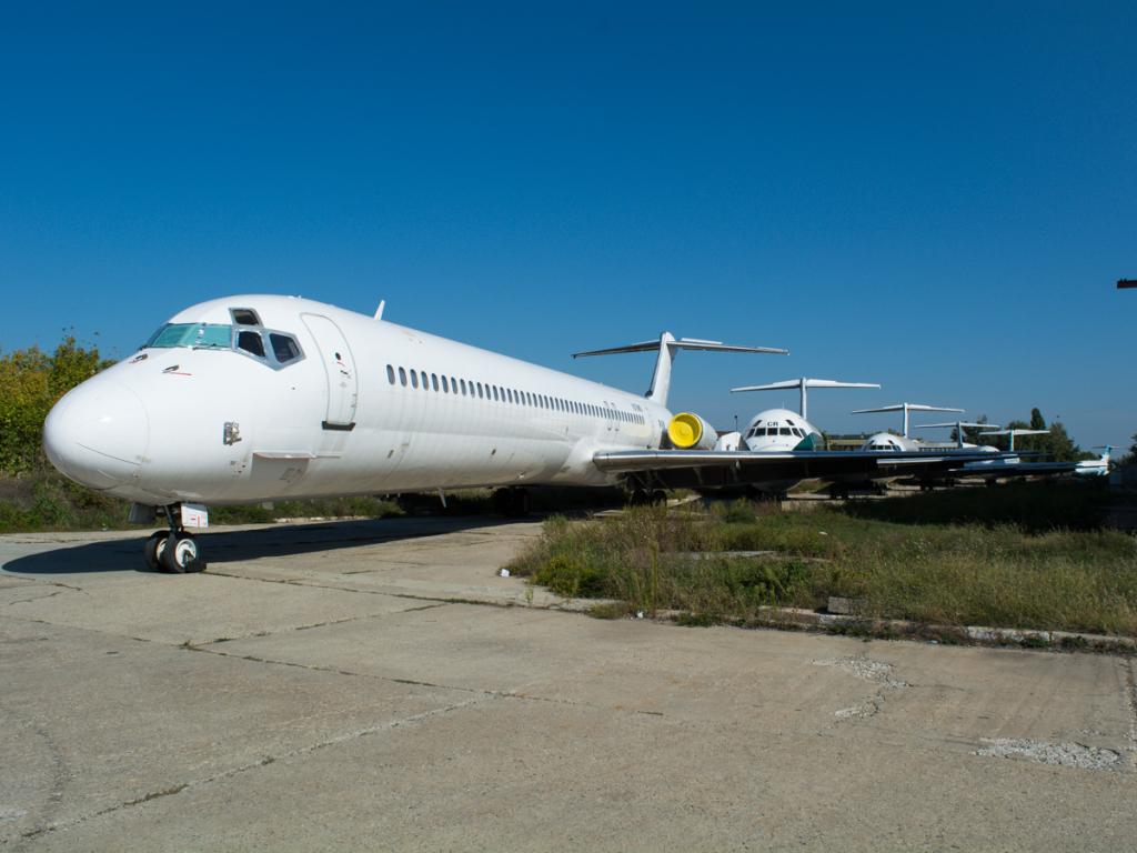 MD-80's at Baneasa Fbvuyb