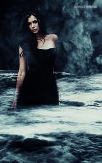 Nina Dobrev avatars 200x320 Pixels Ff378m