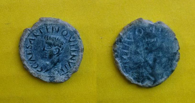 Incusa de Caligula J9r3na