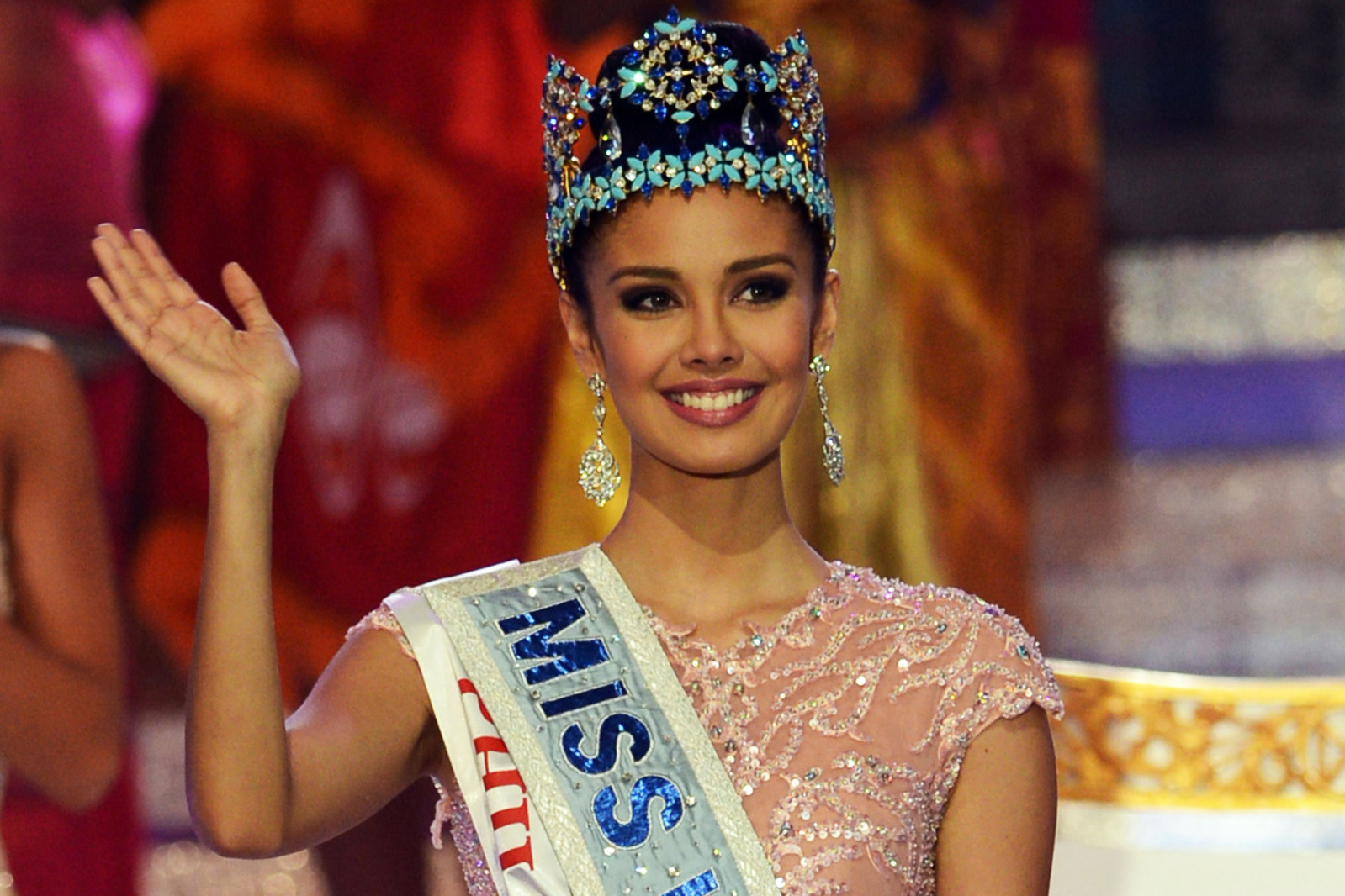 megan young, miss world 2013. - Página 6 Nlom7q