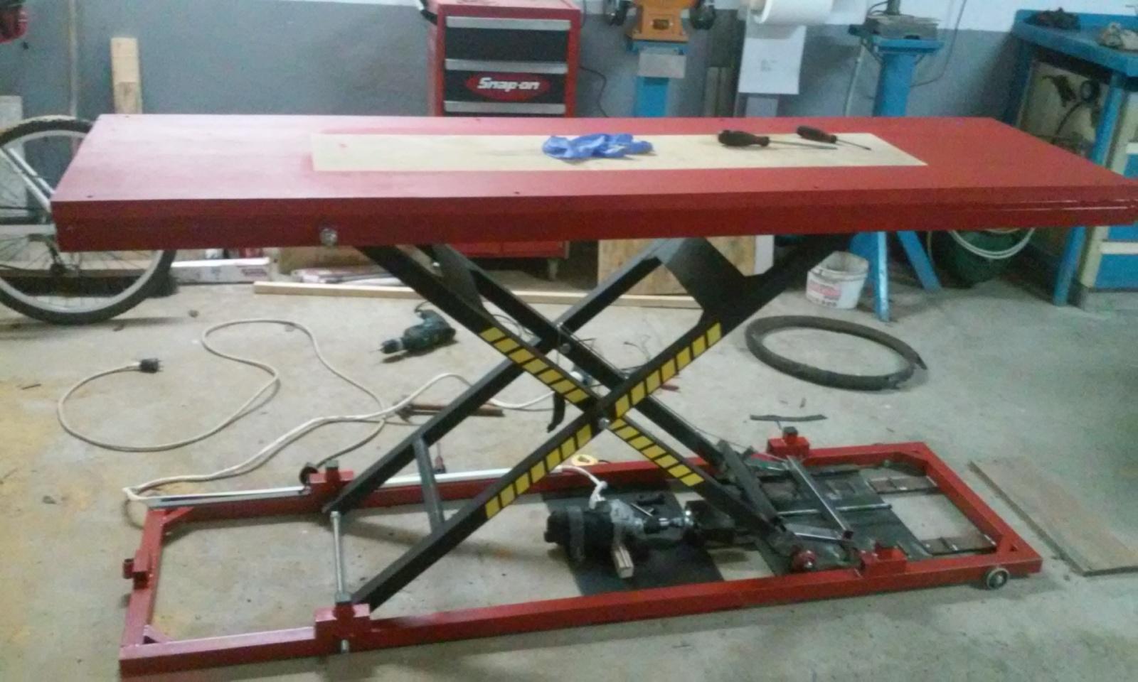 Elevador electrico de motos hecho con taladro.Table lift homemade Nzkakz
