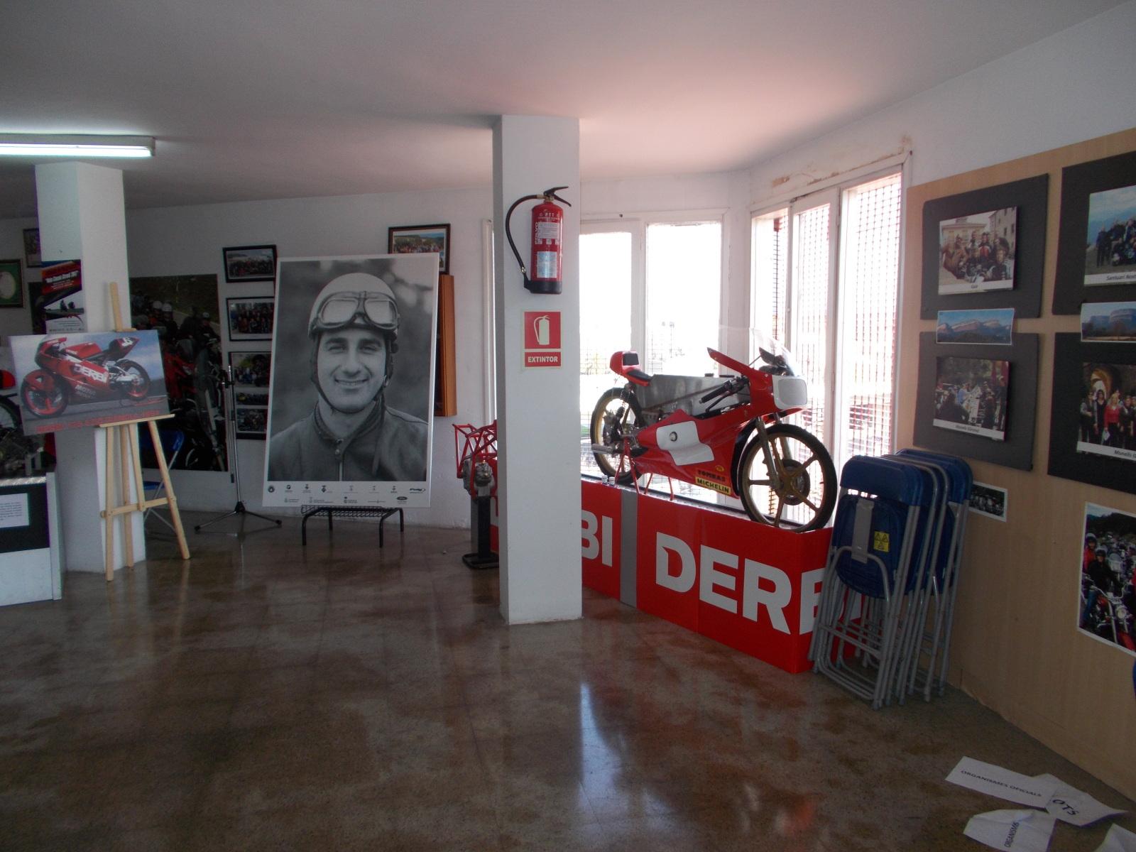 Museo Isern: Homenaje a Paco Tombas Opwzld