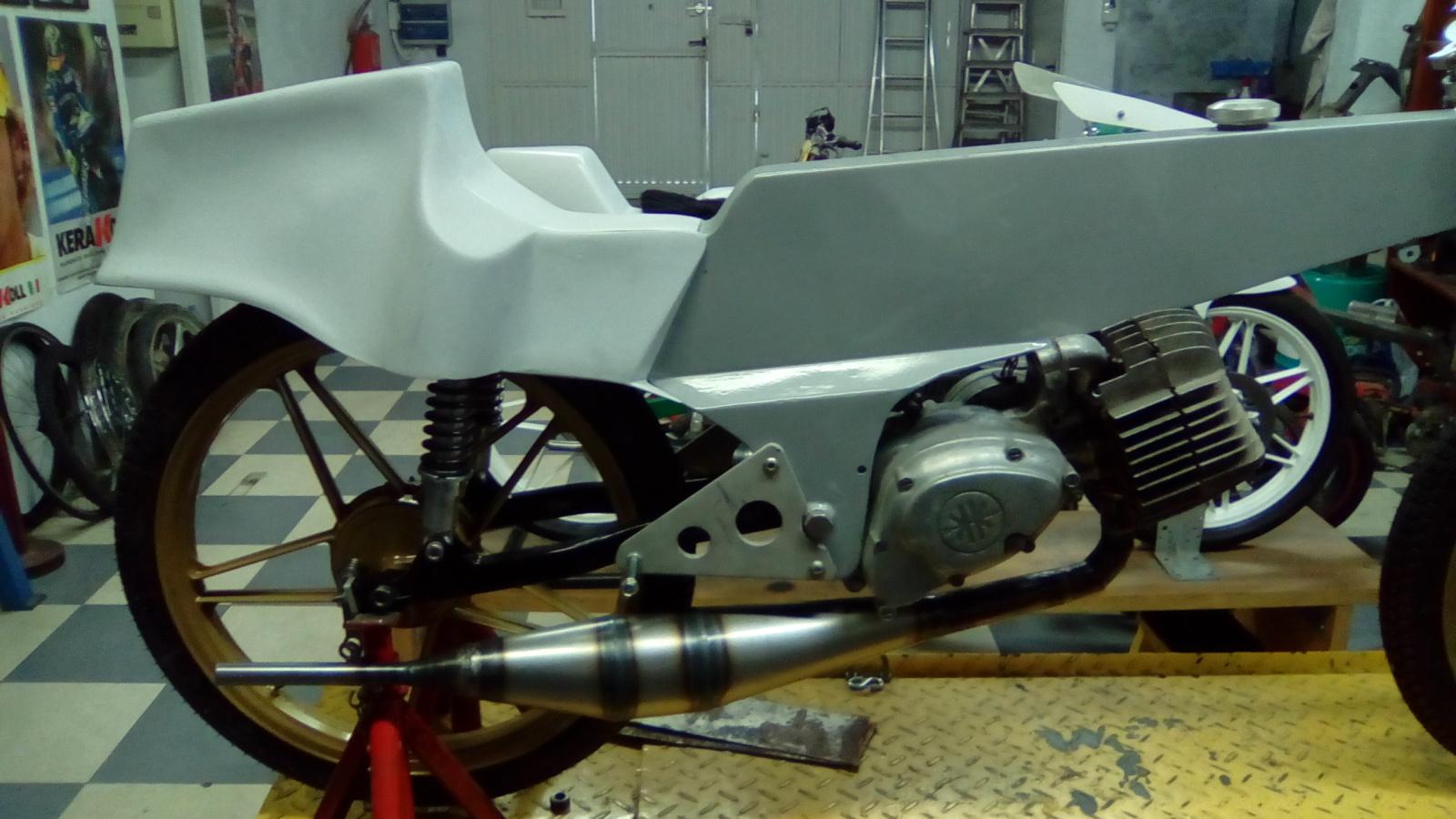 Réplica Bultaco 50 MOTUL Carmona 1982 - Página 21 Rc67a9