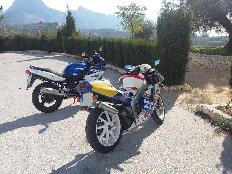 Otras motos de los participantes en el foro - Página 2 Xfcjtx