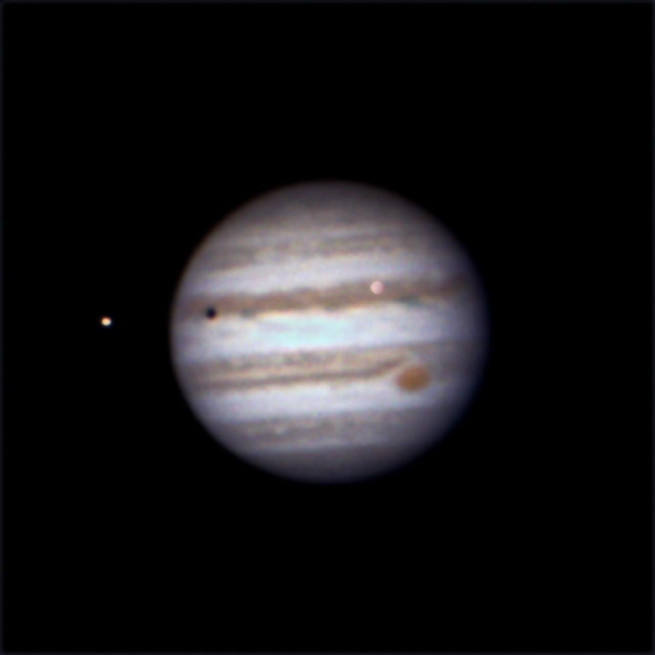 Trânsito das Luas de Júpiter. Xm8wms